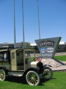 Dreyer's Ice Cream Cart